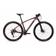 Bicicleta aro 29 OGGI Carbon Agile Pro - 22v Shimano XT - Preto/Vermelho (2018)