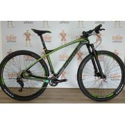 Bicicleta aro 29 OGGI Carbon Agile Pro - 22v Shimano XT  - Preto/Verde (2018)