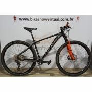 Bicicleta FIRST Lunix aro 29 - 12v Shimano SLX - K7 10/51 dentes - Suspensão Proshock Onix 100mm c/ Trava no Guidão