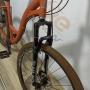 Bicicleta ECOS Slim aro 700 - 7v Shimano Tourney - Freio a disco - Suspensão HLND