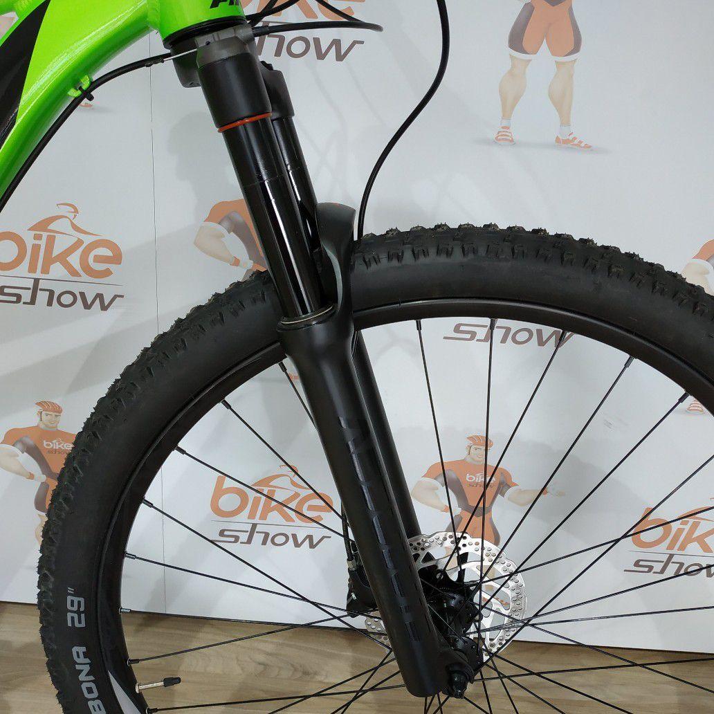 Bicicleta FIRST Active aro 29 - 10v Shimano Deore - Suspensão Absolute a ar - Freios Shimano Hidráulico