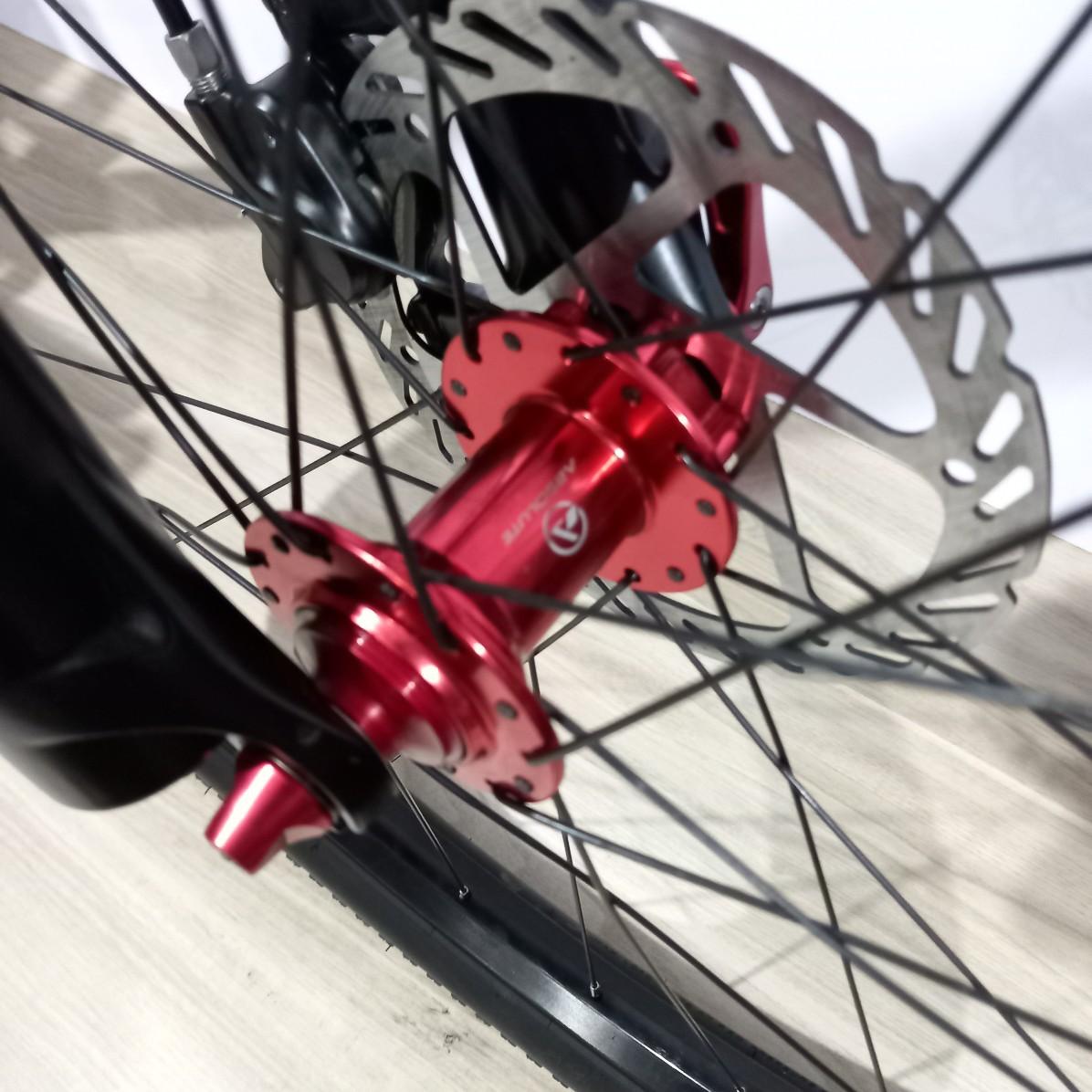 Bicicleta FIRST Lunix aro 29 - 12v Sram NX - Rodas Absolute Prime - Suspensão Absolute a AR - EXCELENTE CUSTO BENEFÍCIO