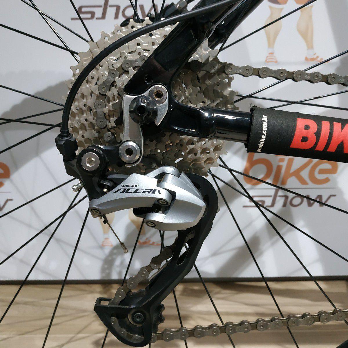Bicicleta FIRST Lunix aro 29 - 27v Shimano Acera - Freio Shimano Hidráulico - Suspensão Suntour XCR hidráulica trava no guidão