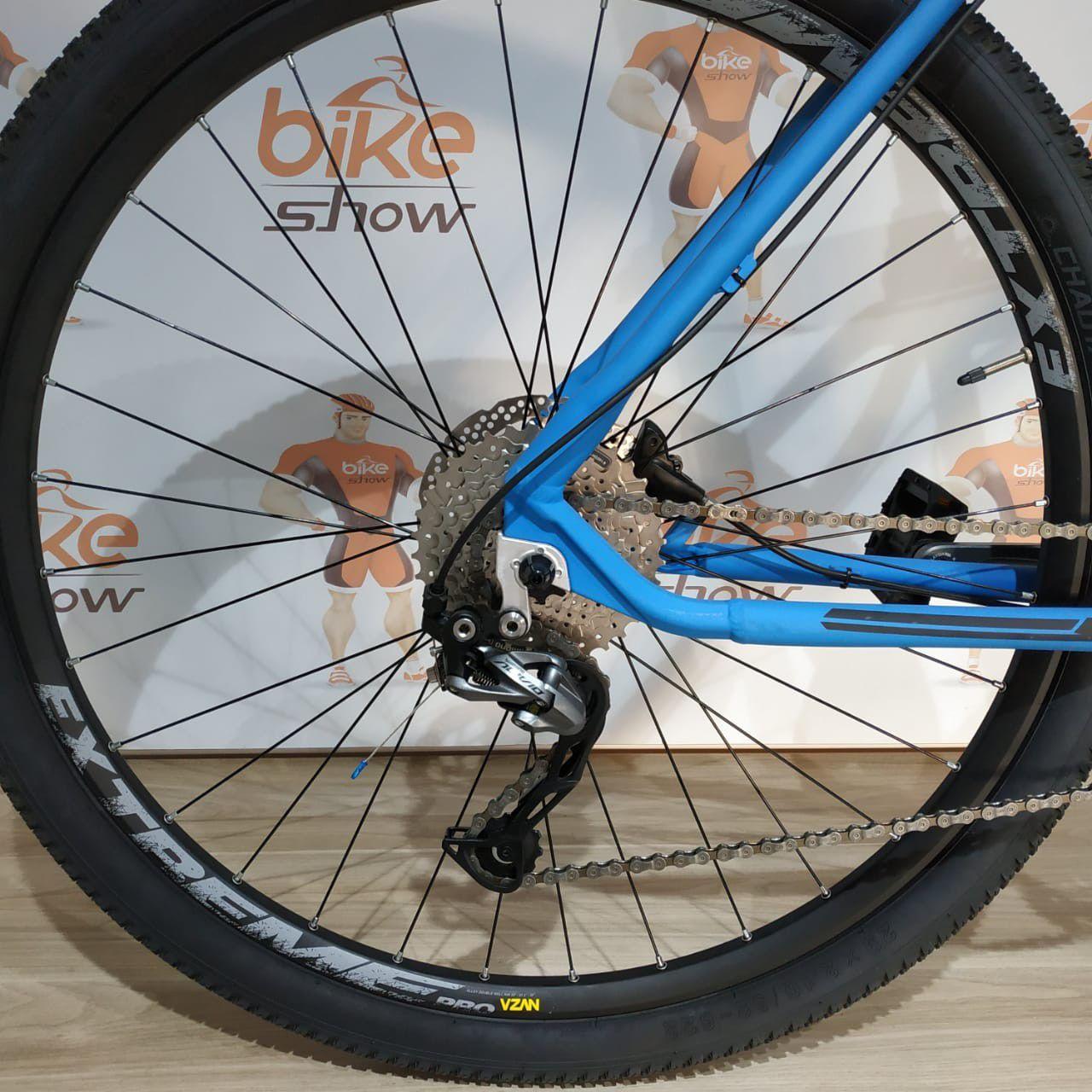 Bicicleta FIRST Smitt aro 29 - 27v Shimano Alívio - Freios Shimano Hidráulico - Suspensão Trust com trava no guidão