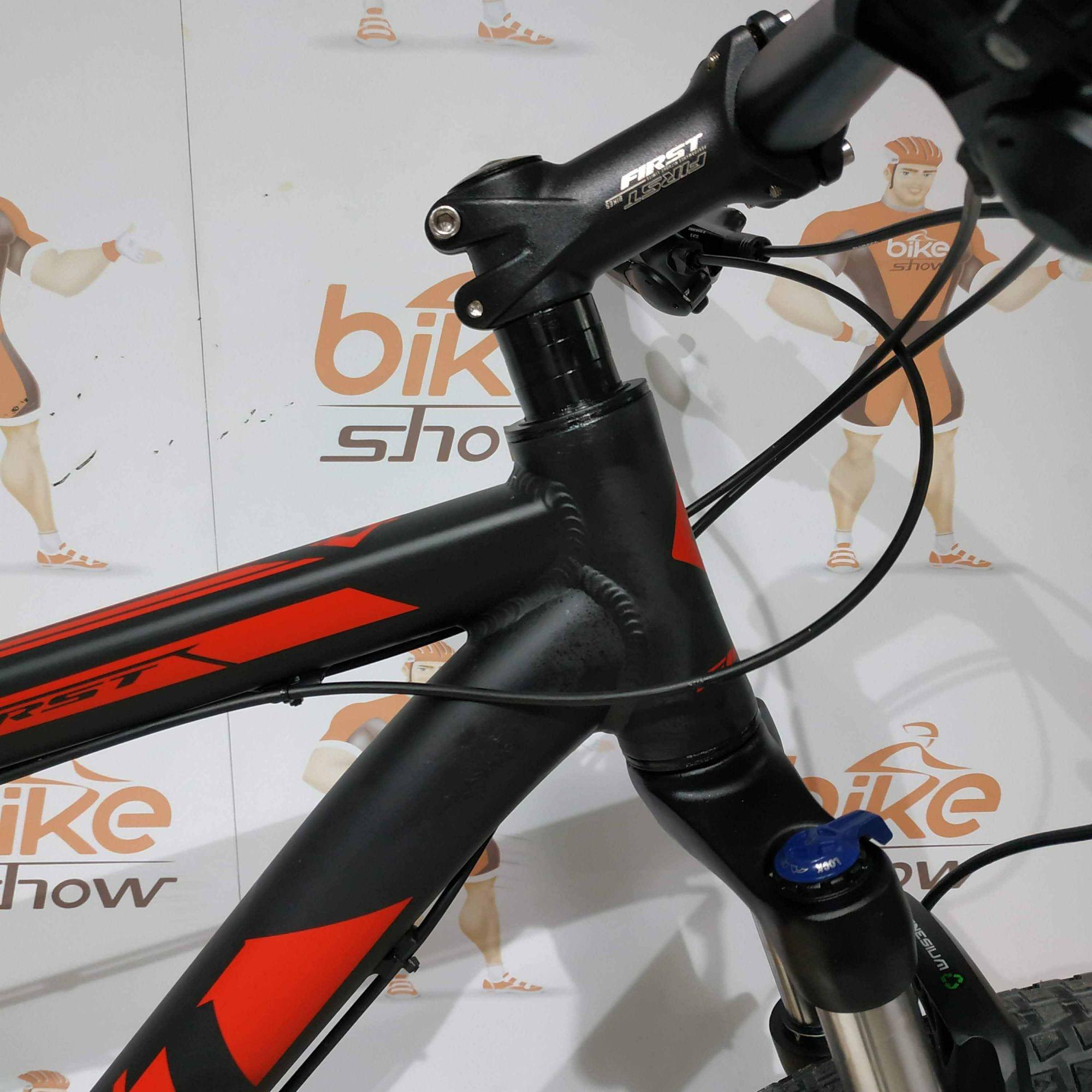 Bicicleta First Smitt EDITAR