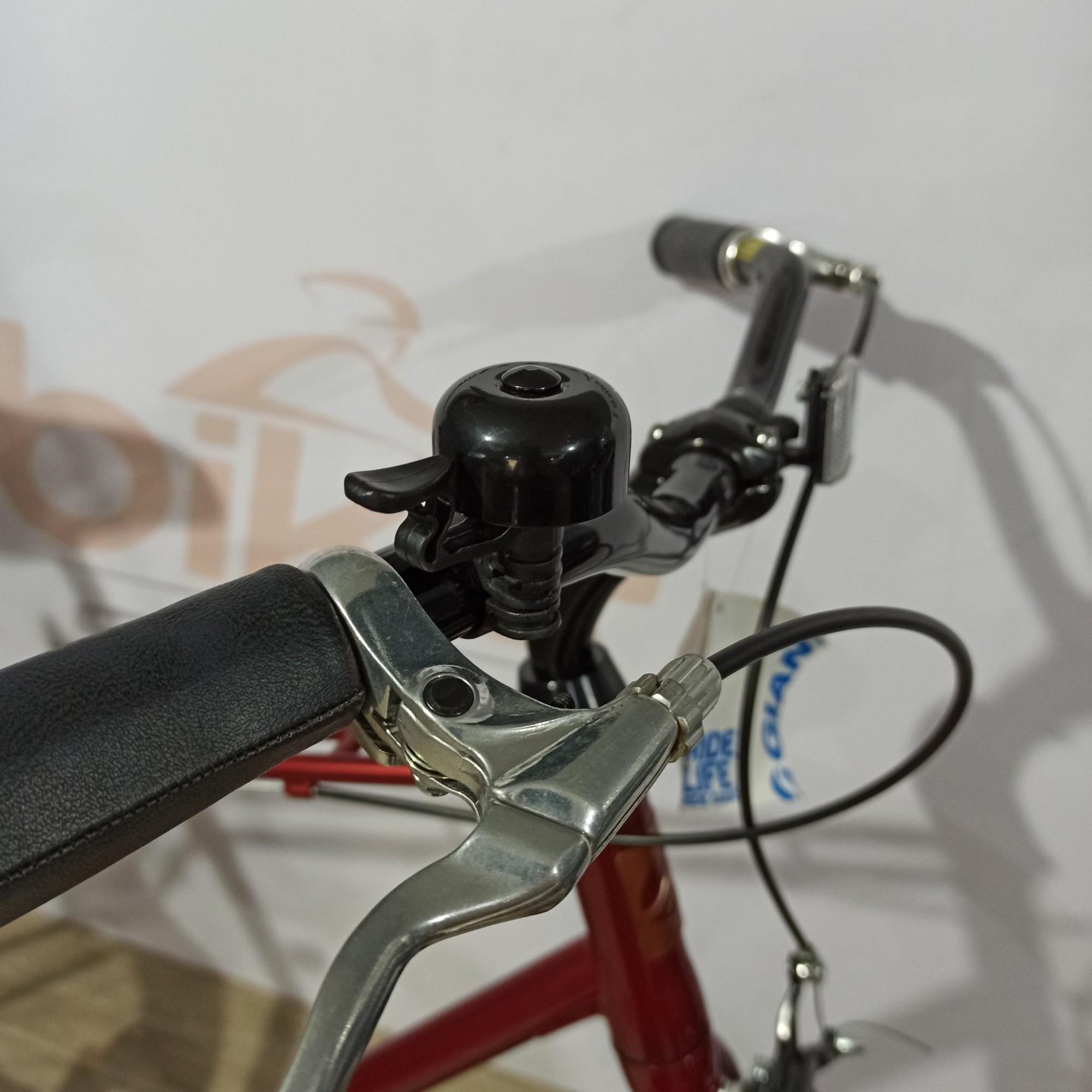 Bicicleta GIANT Retrô 700 Urbana Via 3 - Vermelho/Preto