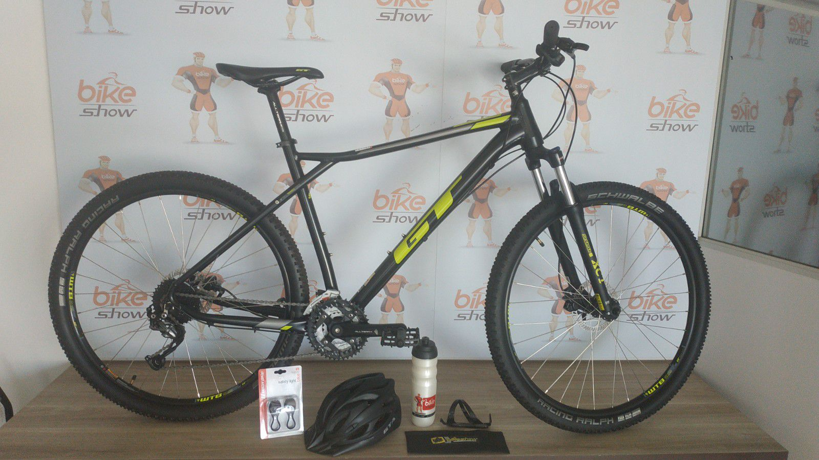 Bicicleta GT Avalanche Sport 29 2019 - 27v Shimano Alivio/Altus - Freio Tektro Hidráulico