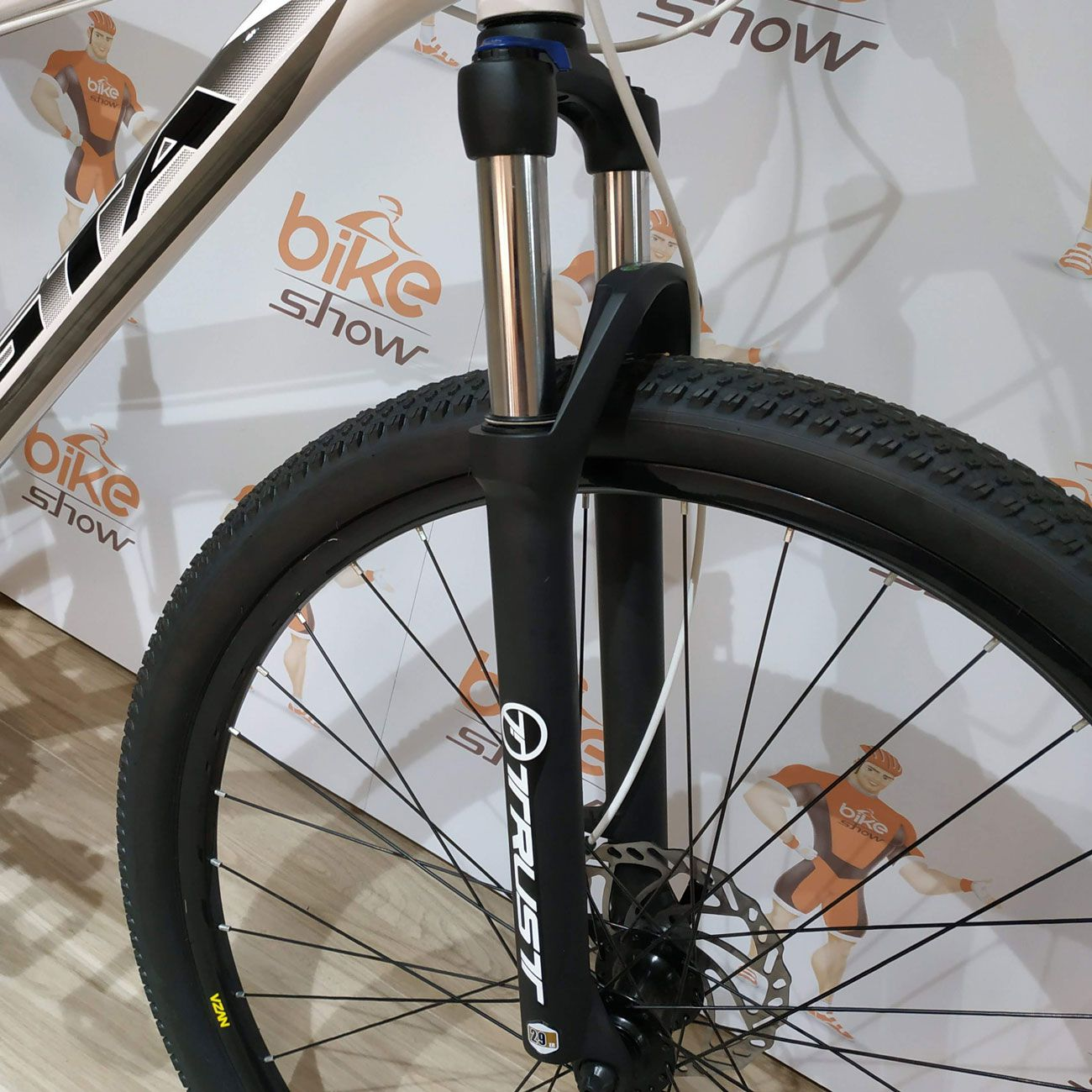 Bicicleta GTA NX9 aro 29 - 24v Shimano - Freio Hidráulico