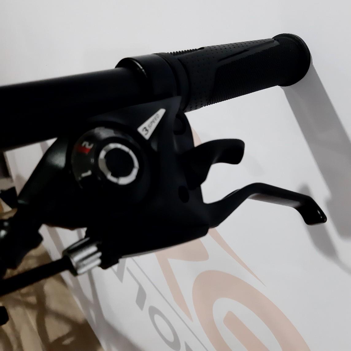 Bicicleta HIGH ONE Neo aro 29 - 21v GTA - Freio a Disco - Suspensão HLND