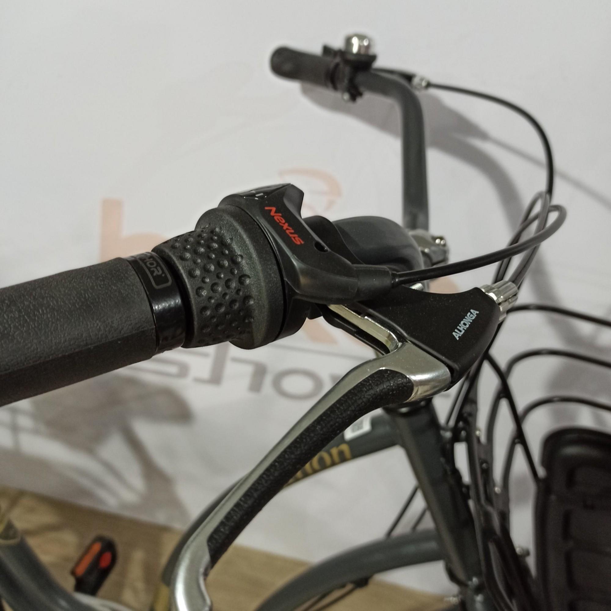 Bicicleta NATHOR Anthon aro 26 - 3v Shimano Nexus - Movimento Central Avançado - Cor Grafite