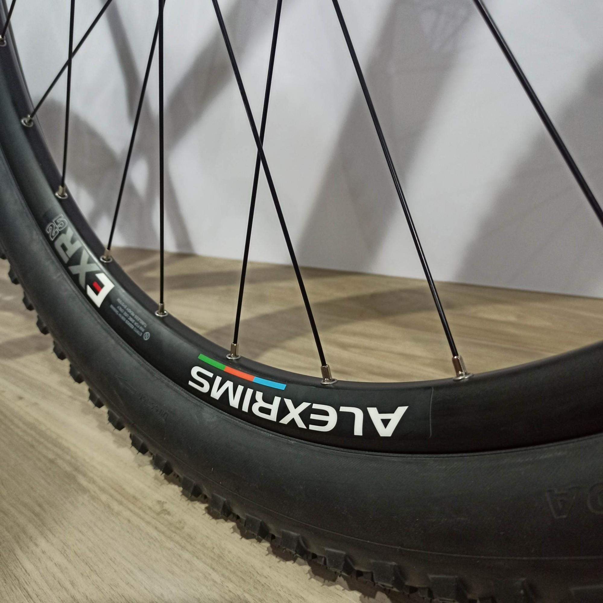 Bicicleta OGGI Agile PRO GX 2021 - 12v SRAM GX Eagle - K7 Sram 10/52 dentes - Suspensão FOX StepCast 32 SC - Preto/Grafite