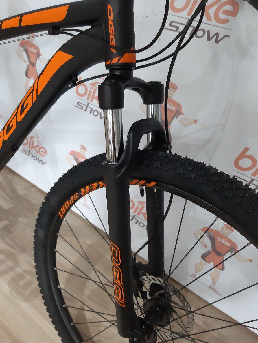 Bicicleta OGGI Hacker Sport 2019 - 21V Shimano - Freio a Disco - Preto/Laranja + BRINDES