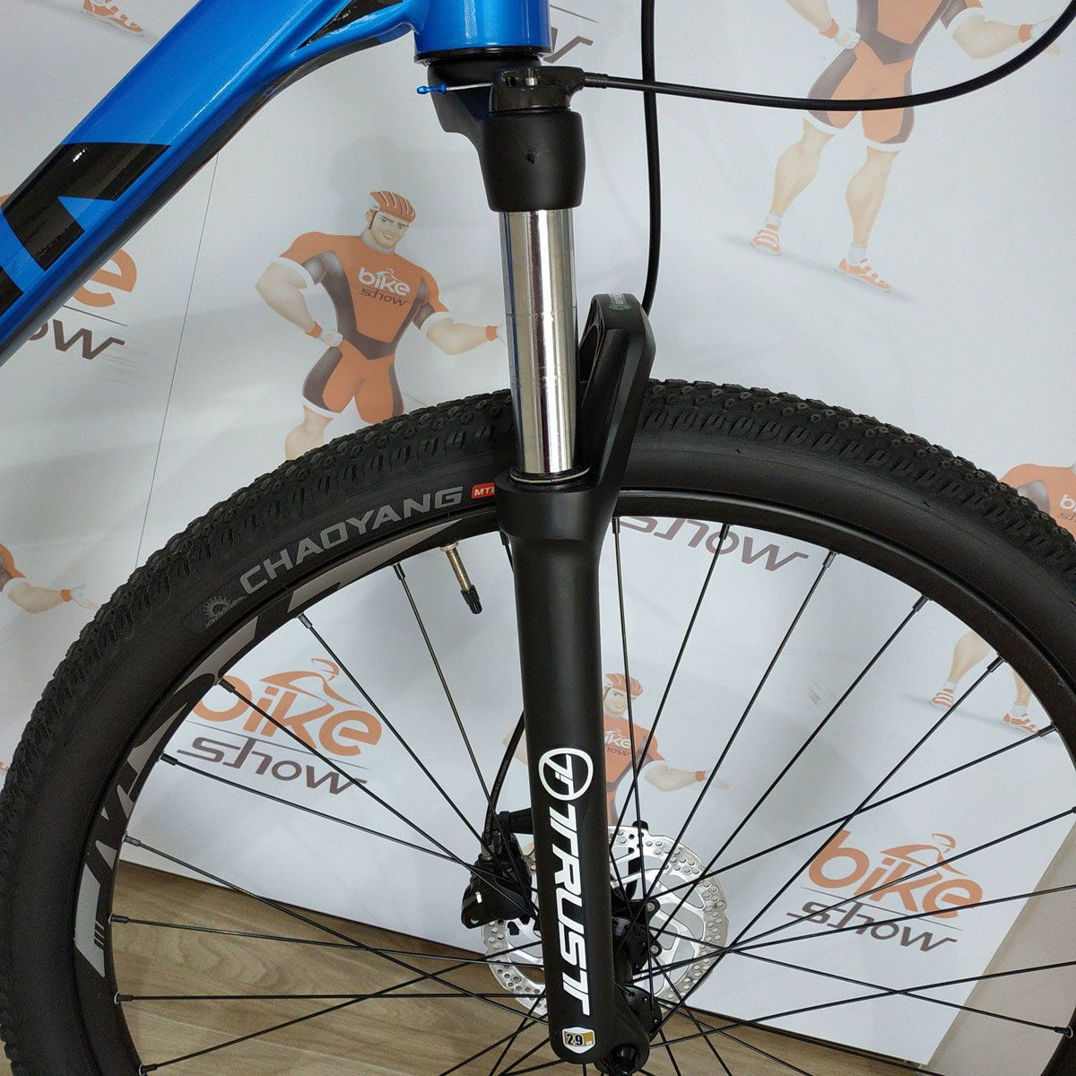 Bicicleta RAVA Cave 29 - 18v Shimano Alívio - Freio Shimano Hidráulico - PEQUENO ARRANHADO