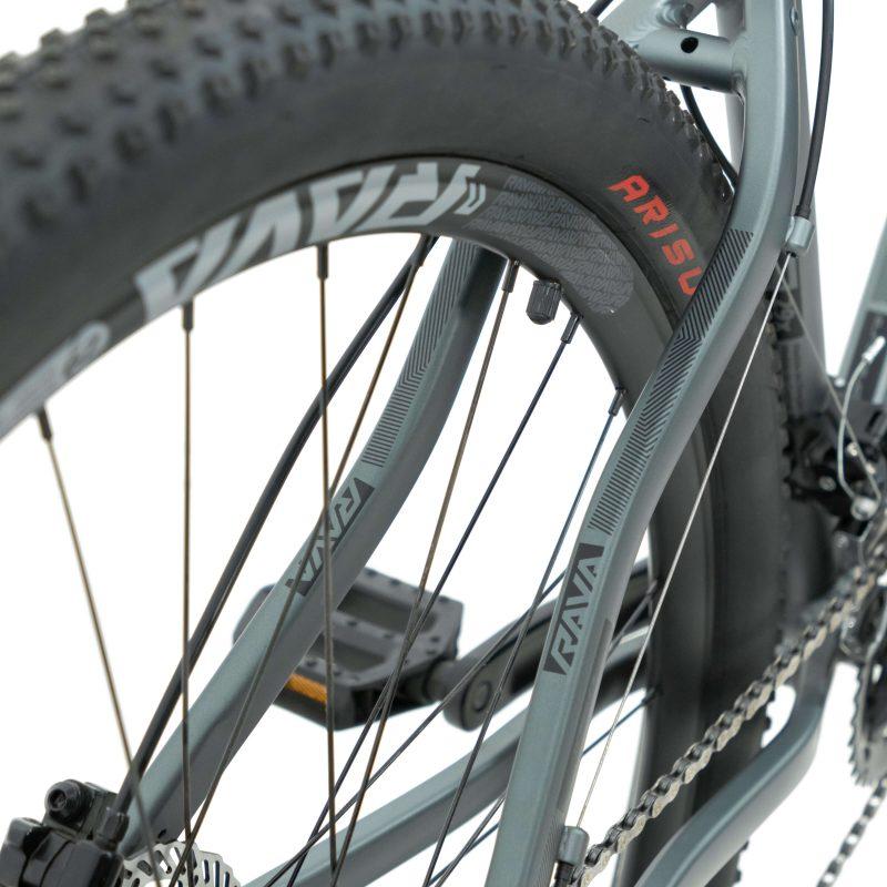 Bicicleta RAVA Pressure aro 29 2021 - 20v X-Time - Freio a Disco Hidráulico - Cinza/Preto