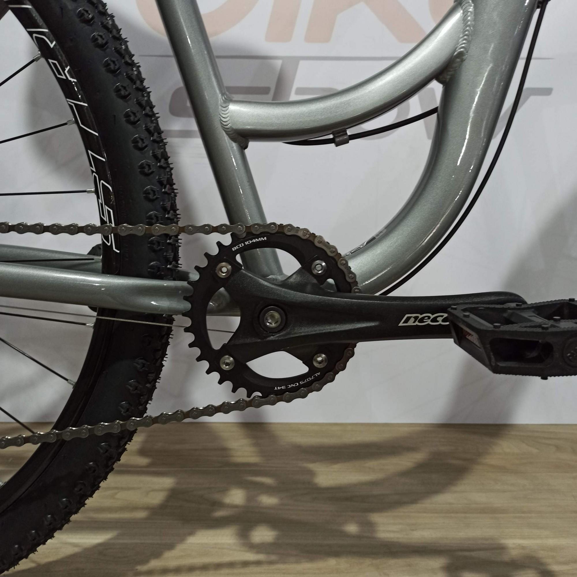 Bicicleta RAVA Way aro 29 - 7v MicroShift - Freio a disco VeloForce - Suspensão HLND