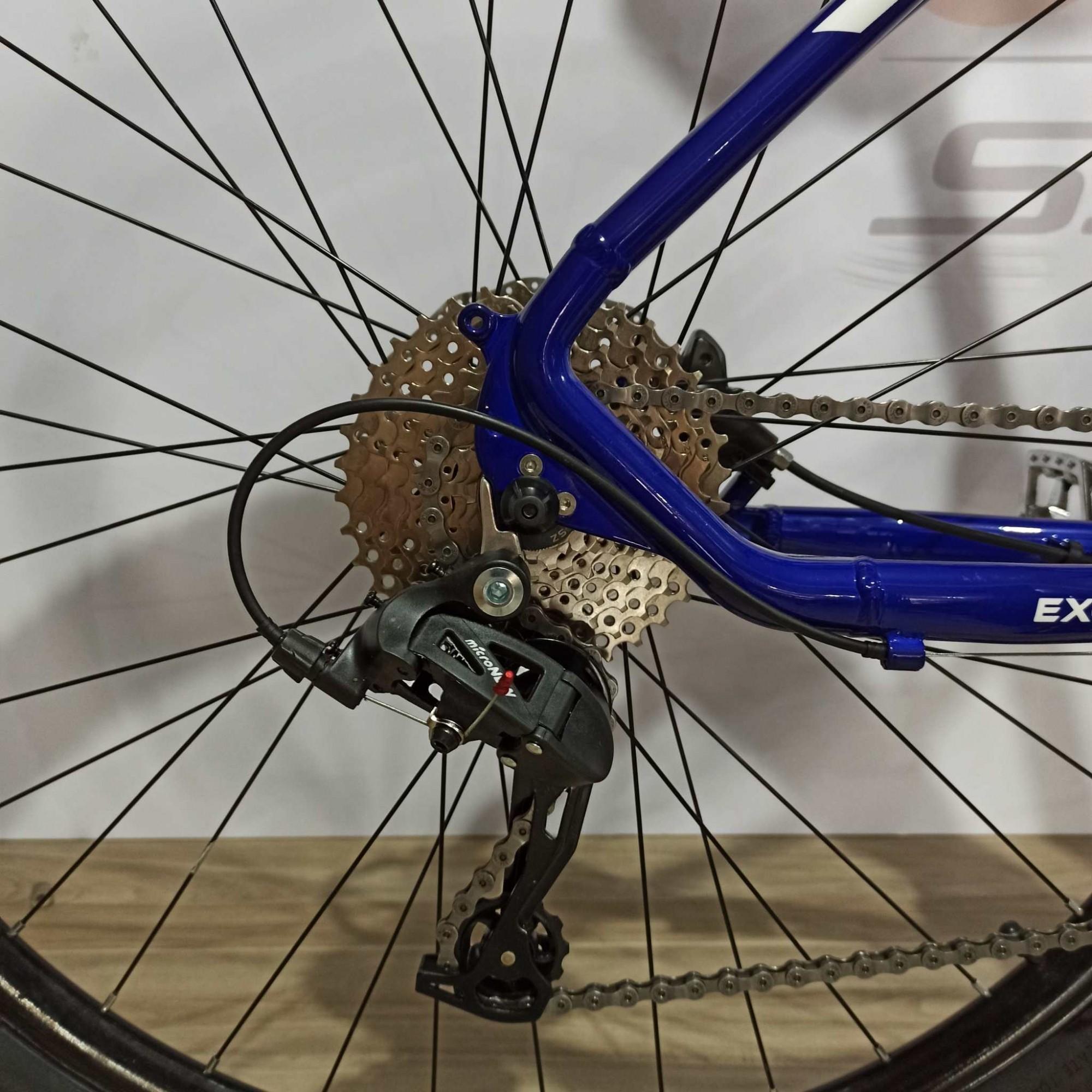 Bicicleta REDSTONE Aquila aro 29 - 27v MicroNew - Freio Shimano Hidráulico - Suspensão toda em alumínio com trava no Guidão