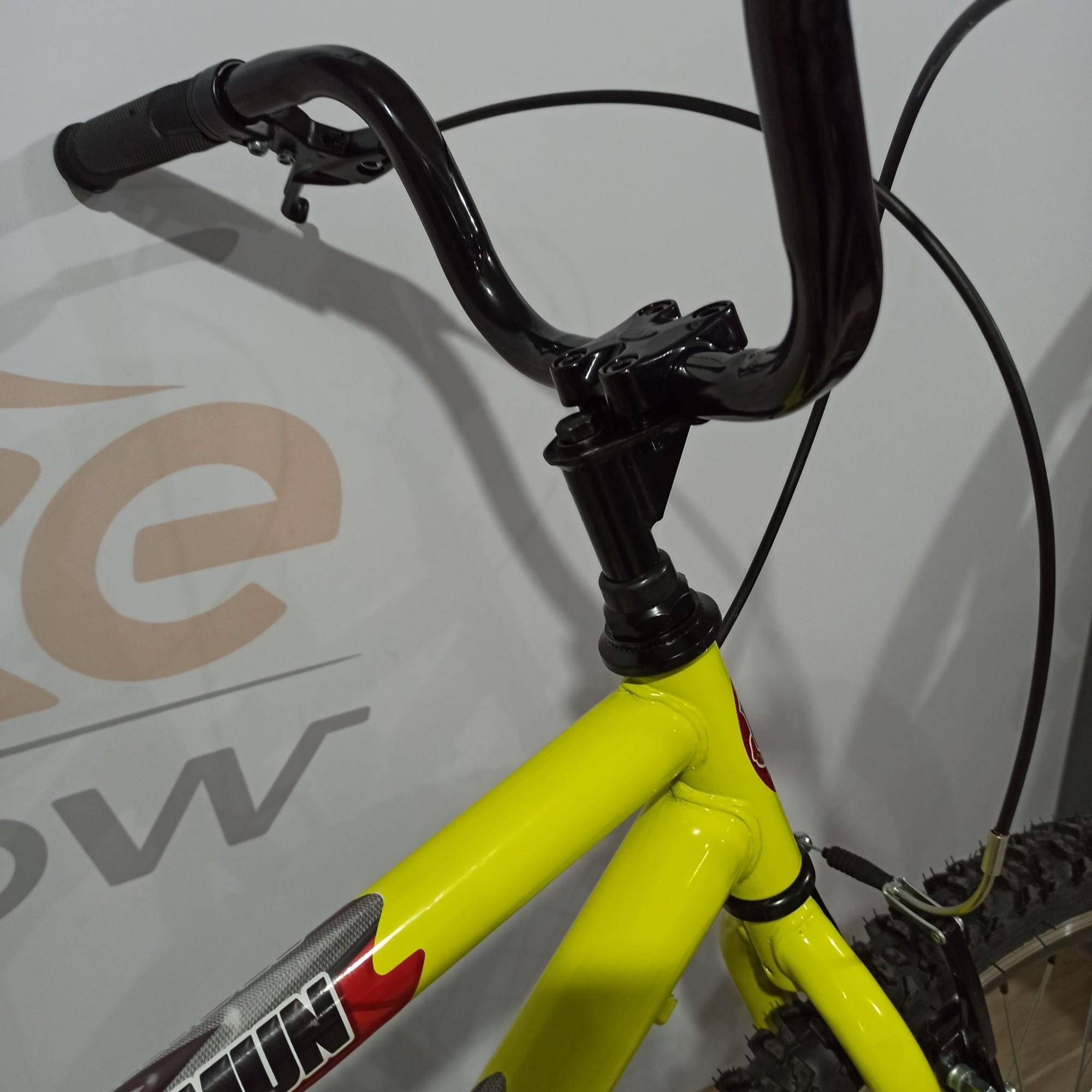 Bicicleta SAMY aro 24 - Cubo de Rolamento GTB Belumi - Guidão com Mesa Cross 4 Parafusos - Aro Aero