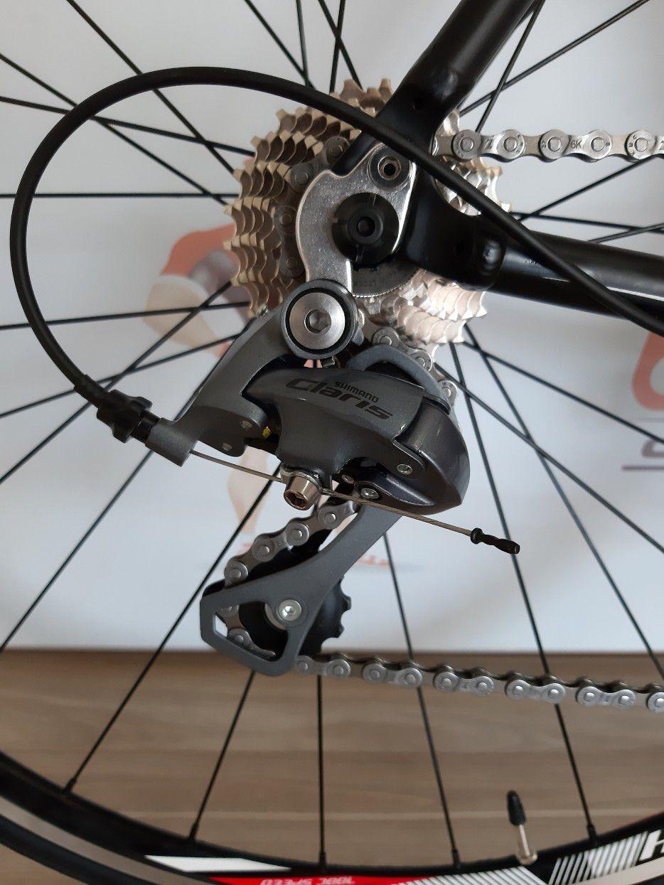 Bicicleta VICINITECH Space II Pró aro 700 - 16V Shimano Claris - Rodas Vicinitech com rolamentos