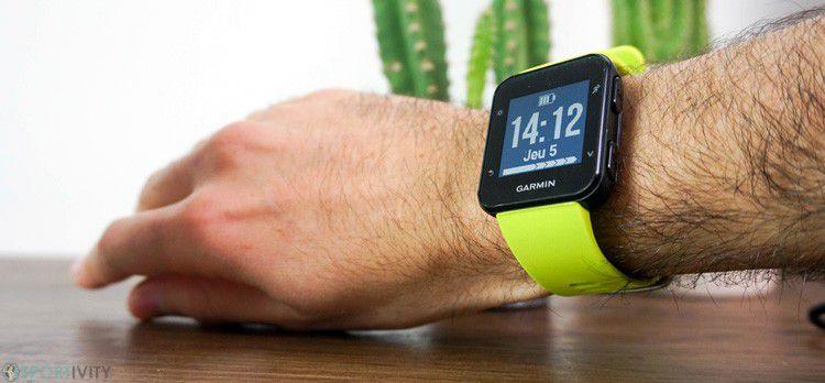 Relógio Esportivo GARMIN Forerunner 35 com GPS e Monitor de frequência cardíaca de pulso
