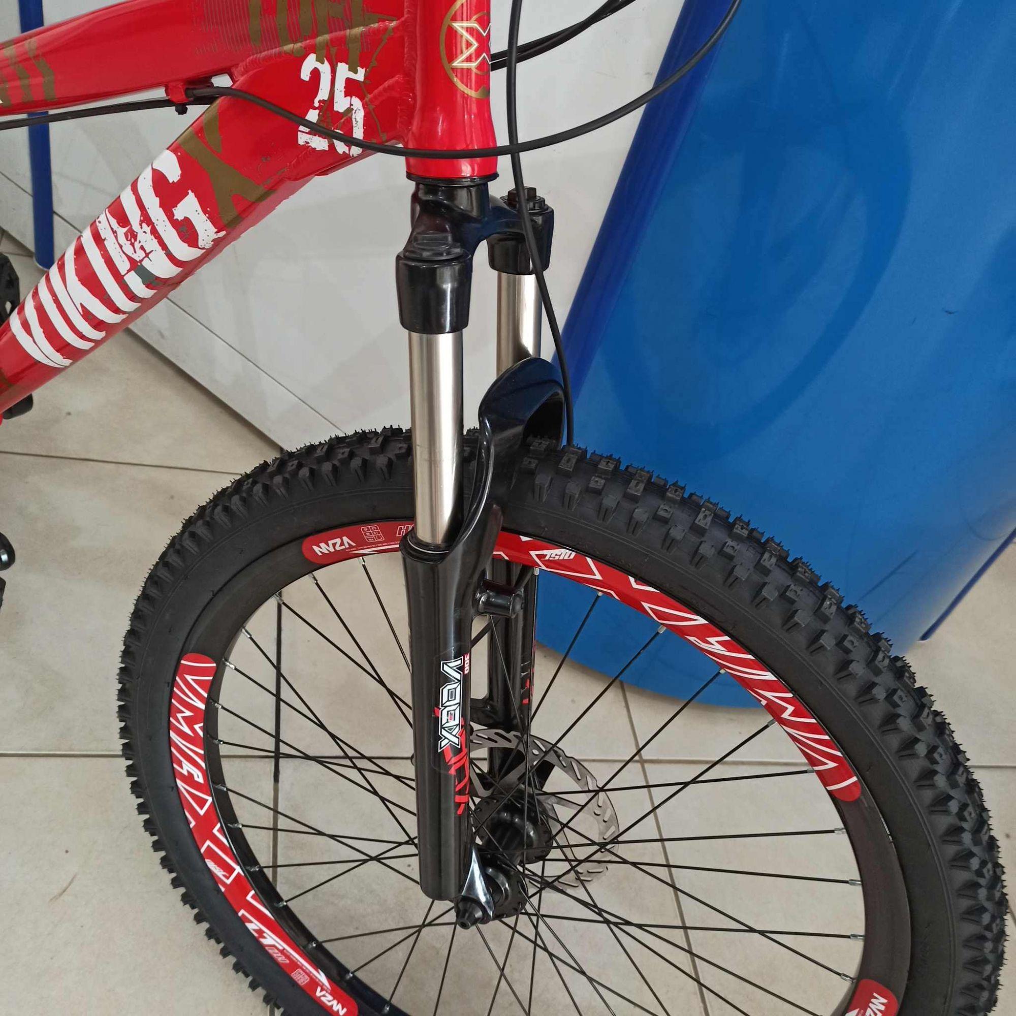 Bicicleta VIKING Tuff X25 - 21v Shimano/GTA - Suspensão Voox 120 mm de curso