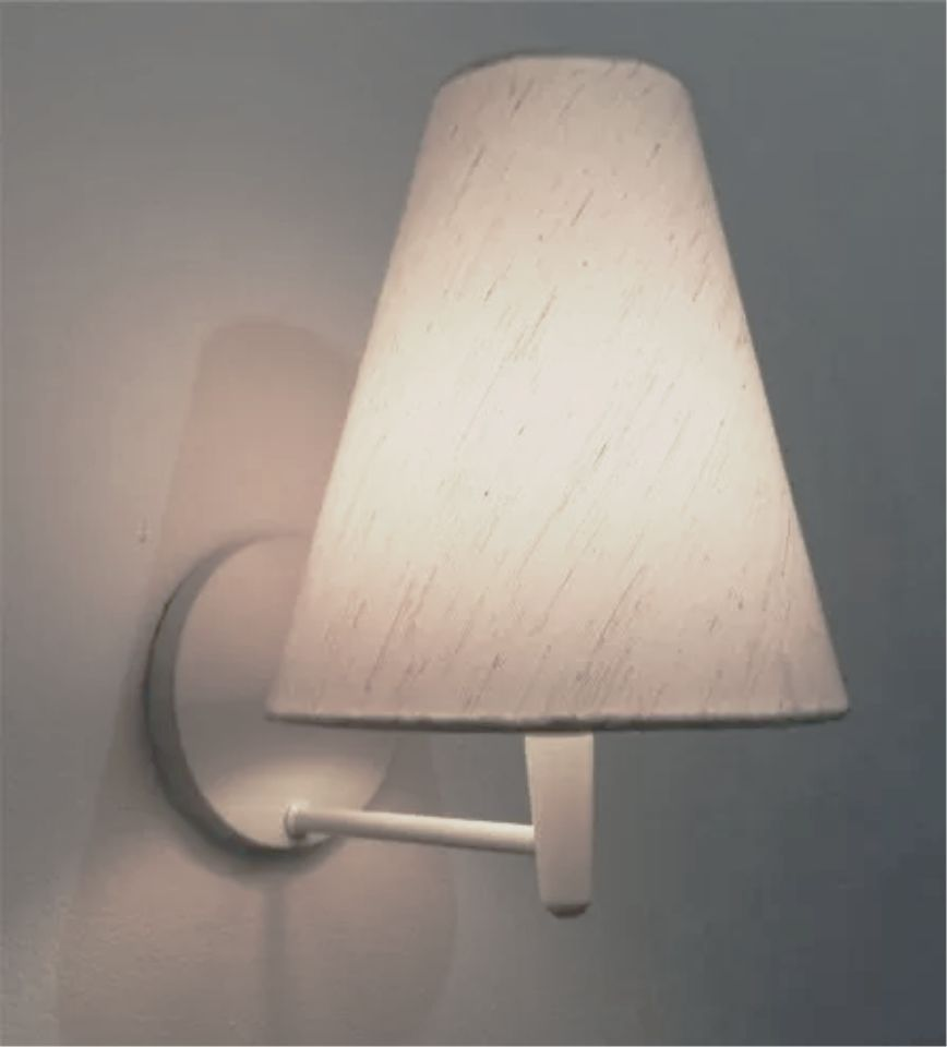 Arandela Cone Md-2007 Base Branca Cúpula em Tecido 20/08x18cm Linho Bege