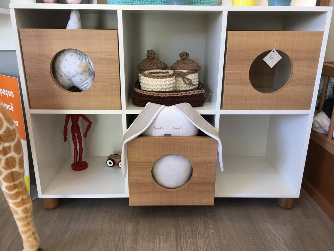 Estante Com Nichos Montessori