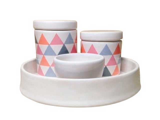 Kit Higiene 4 Peças - Bandeja Porcelana Redonda