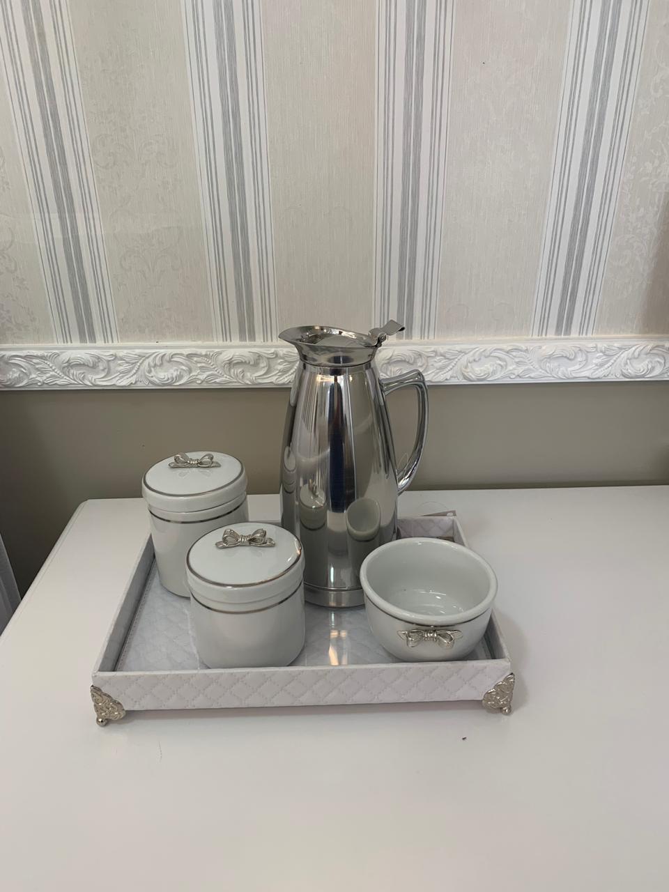 Kit higiene 5 peças (metalassê)