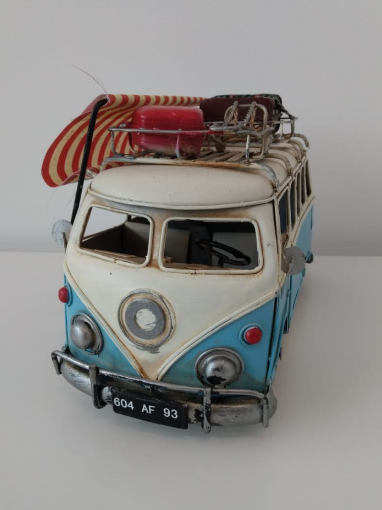 Kombi decorativa azul