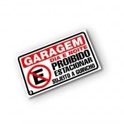 Placa Garagem Proibido estacionar - Sujeito a Guincho