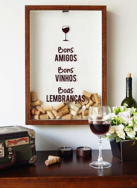 Adesivo Bons Amigos, Bons Vinhos