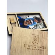 Kit Pendrive Cristal Madeira  4GB + Case Madeira Foto 10x15  Wood Frame 4