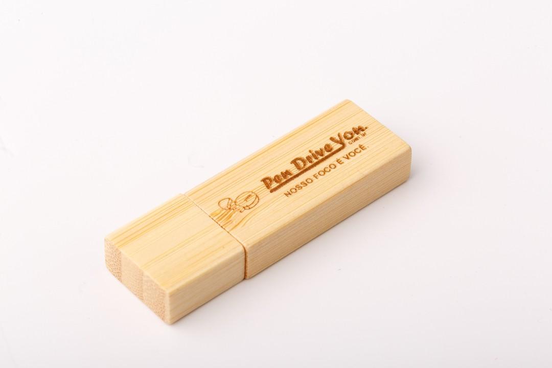 kit Pen Drive Retangular + Case Madeira M. B. Wedding  10x15  Personalizado