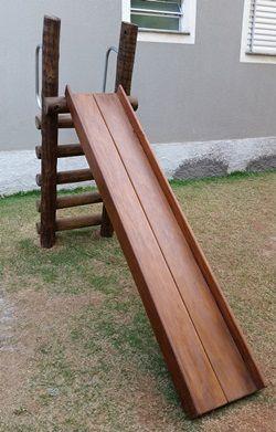 PLAYGROUND DE MADEIRA ESCORREGADOR TRONCO DE EUCALIPTO    - Casinha Infantil