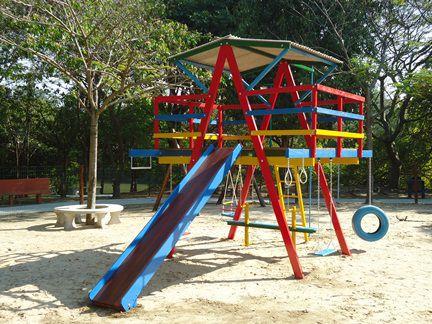 PLAYGROUND DE MADEIRA MULTI-BRINQUEDO  - Casinha Infantil Decorlazer