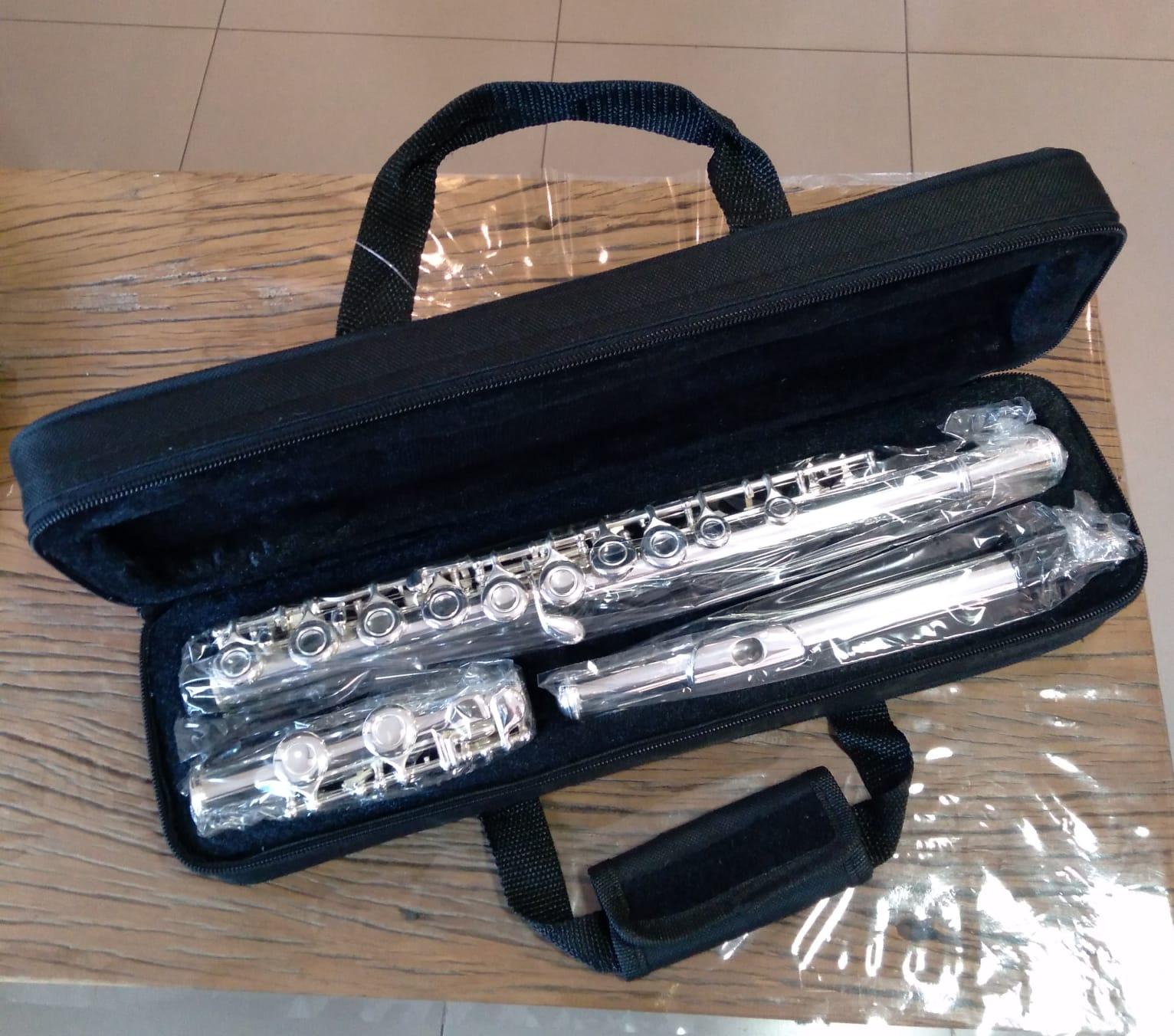 FLAUTA TRANSVERSAL HARLEM SOUND C.IBANEZ  - Luggi Instrumentos Musicais