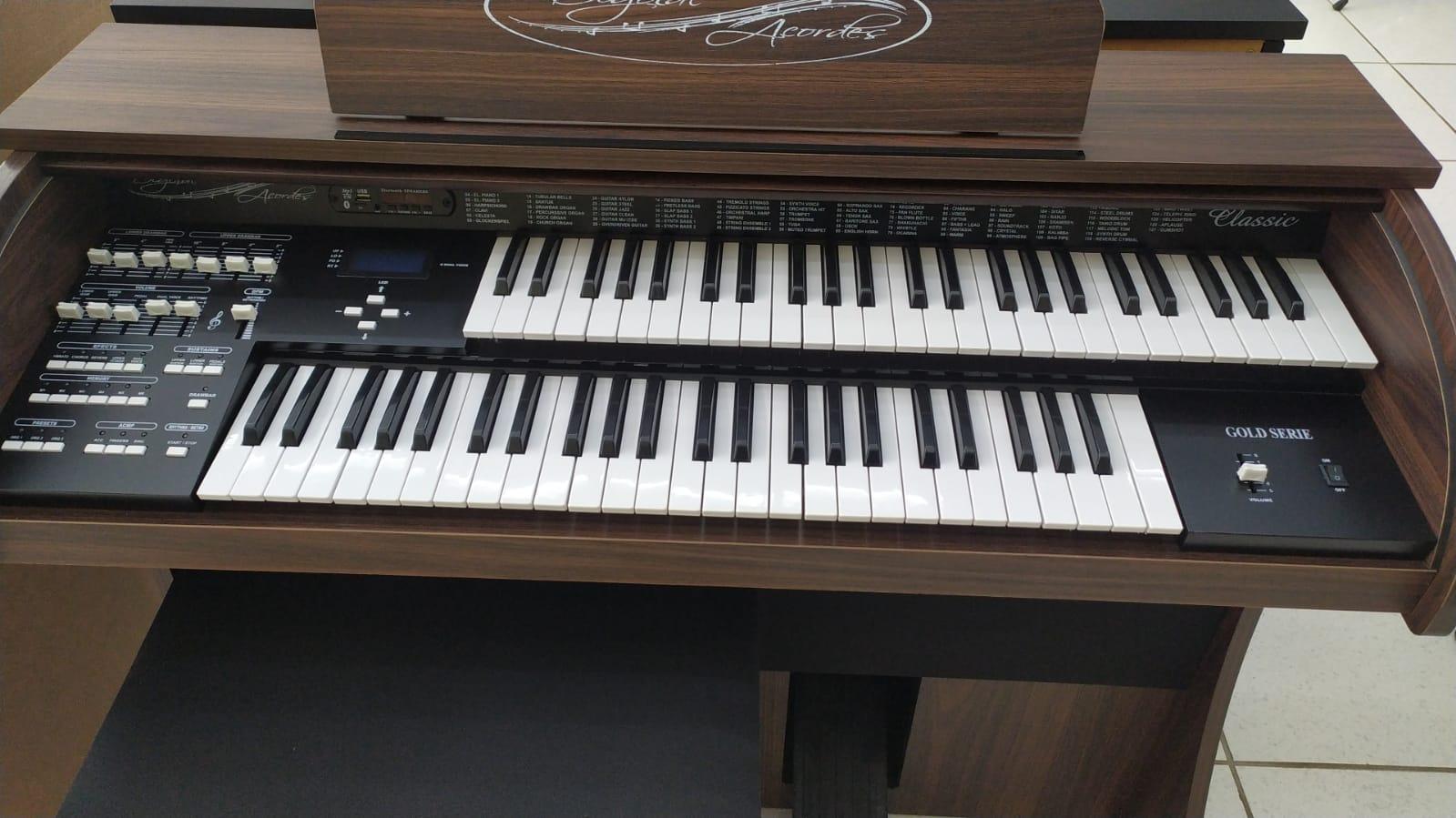 Órgão Acordes - CLASSIC 49 teclas Marrom Fosco  - Luggi Instrumentos Musicais