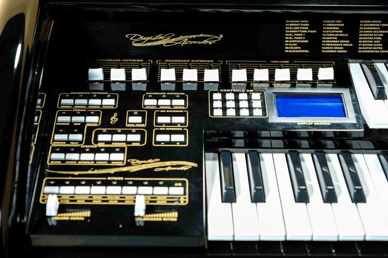 Órgão Eletrônico Digital Acordes - AX 100 Top Elegance Preto  - Luggi Instrumentos Musicais