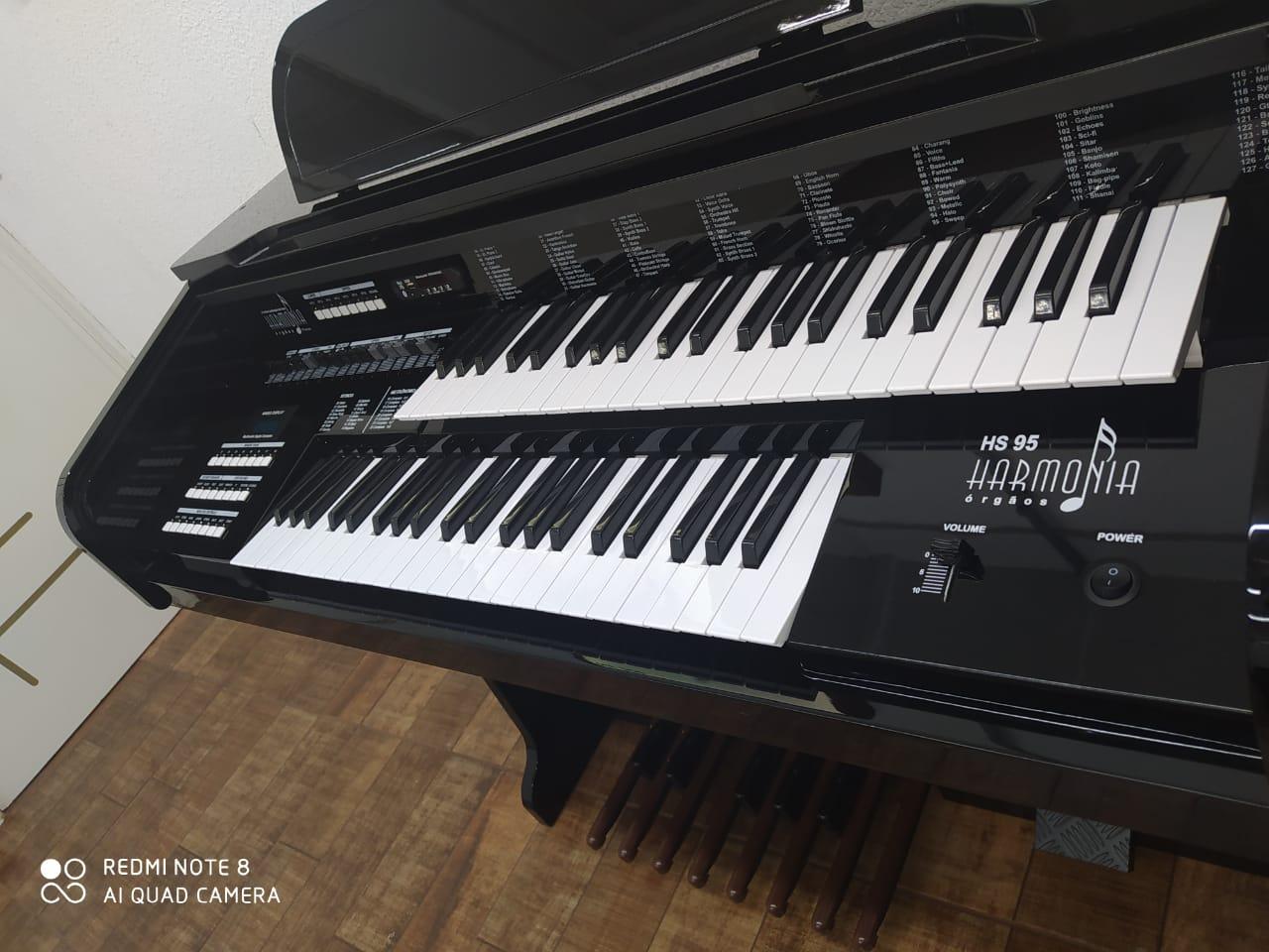 ORGAO HARMONIA HS-95 PRETO BRILHO  - Luggi Instrumentos Musicais