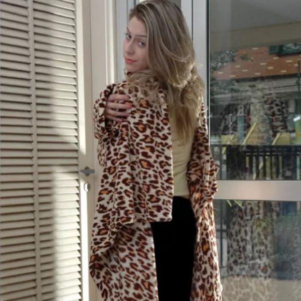 Cobertor com Mangas Bege Onça