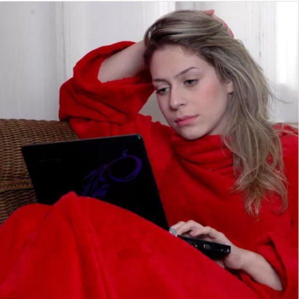 Cobertor com Mangas Vermelho