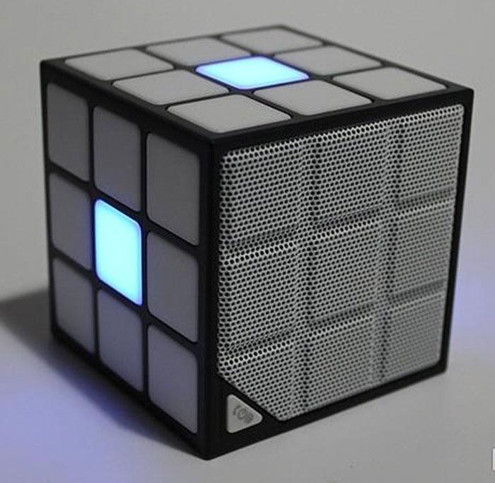 Caixa De Som Cubo Mágico Led Bluetooth Alto Falante