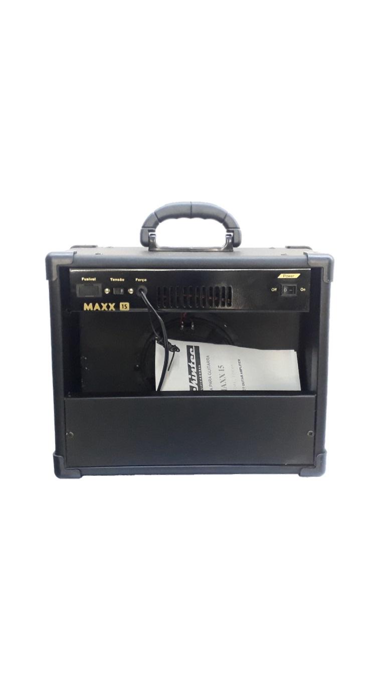 CAIXA AMPLIFICADA MACKINTEC MAXX10/MAXX15 C/DISTORÇÃO GUITARRA C/USB 15WRMS PRETA