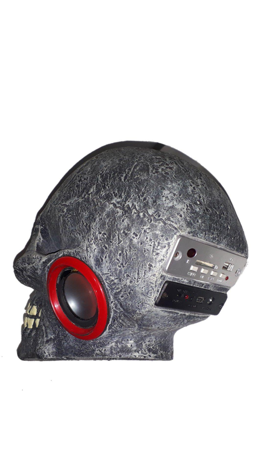 CAIXA AMPLIFICADA XCELL  XCDJ16BT CAVEIRA CRÂNIO Bluetooth USB / SD / Fm, C/ BATERIA PRETA
