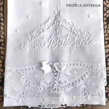Toalha para Batizado em Linho Bordado e Renda Renascença - Grande
