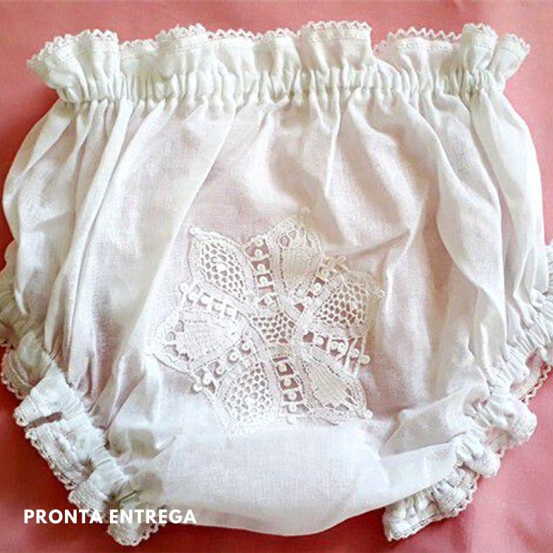 Calcinha para Bebê com Renda Renascença Flor Branco - P/M/G  - Bordados do Ceará - Jutnet