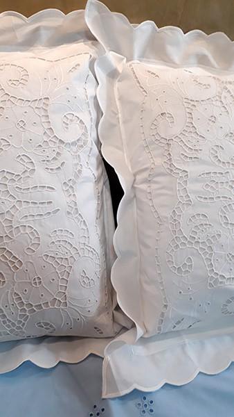 Fronha Bordado Richelieu 100% Algodão Patrocínia 70x50 cm (1 unid.)  - Bordados do Ceará - Jutnet