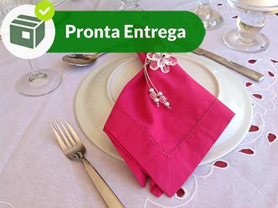 GUARDANAPO COM BAINHA PONTO AJOUR PERCAL 100% ALGODÃO PINK 50X50 (4 UNID.)  - Bordados do Ceará - Jutnet