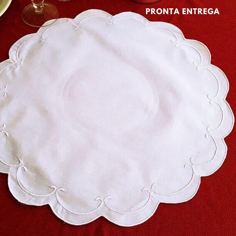 Jogo Americano Bordado Cheio Percal 230 Fios Branco Redondo  - Bordados do Ceará - Jutnet