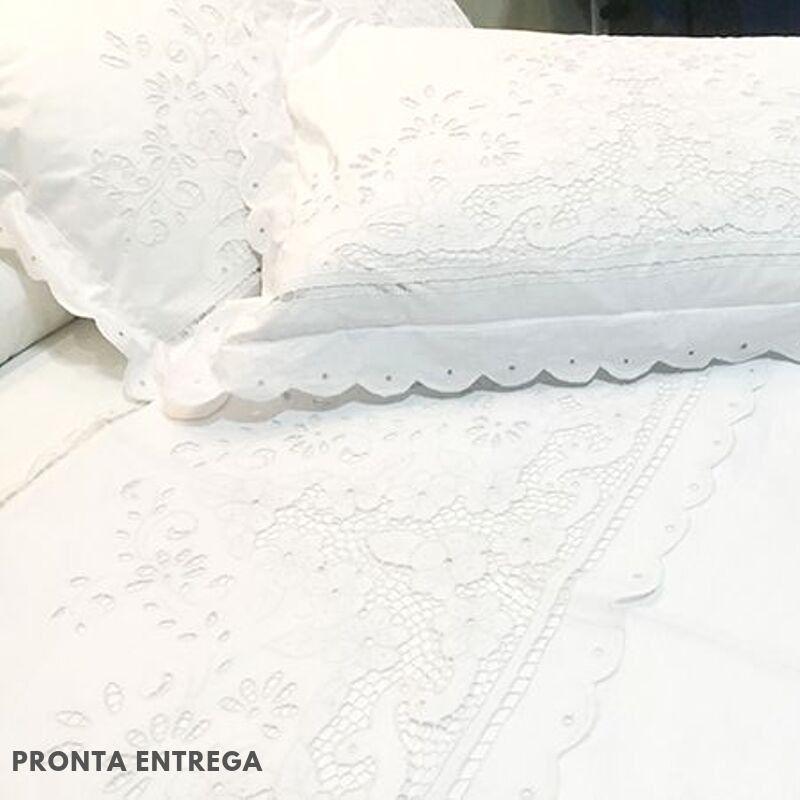 Jogo de Lençol Vira Queen Bordado Richelieu com 3 Peças Percal 230 Fios Flor da Serra  - Bordados do Ceará - Jutnet